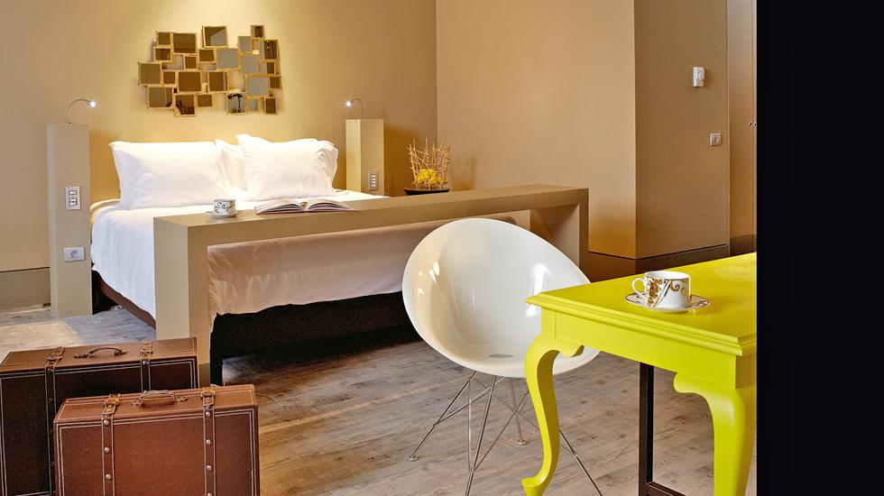 Design master bedroom suite
