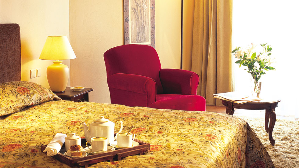 Egnatia Superior Guestrooms with Elegant Furnishings