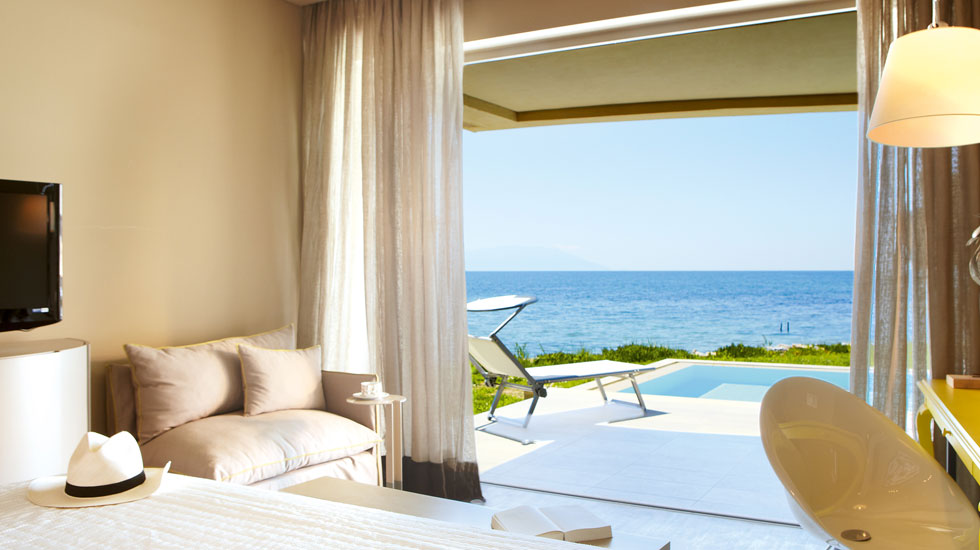 Astir Executive Suite, Master Bedroom with Private Pool and Aegean Sea View